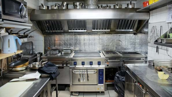 How to save money on restaurant equipment repairs nation for Kitchen set up for restaurant